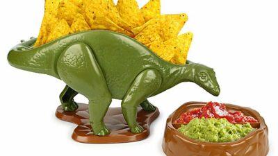Nachosaurus Snack and Dip Set