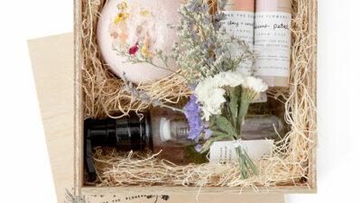 Self-Love Rose Petal Gift Set